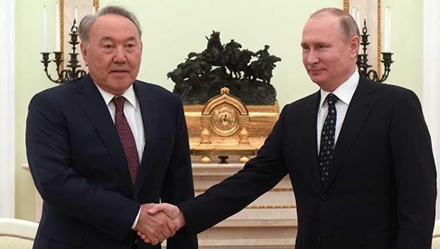 Нурсултан Назарбаев выразил поддержку Владимиру Путину напредстоящих выборах