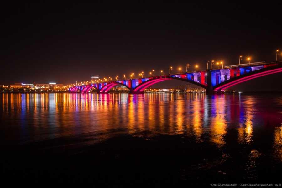 Иллюминацию Коммунального моста вКрасноярске запустят насутки ранее