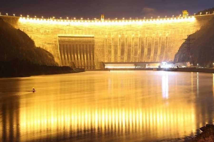 С.Собянин поздравил столичных энергетиков спрофессиональным праздником