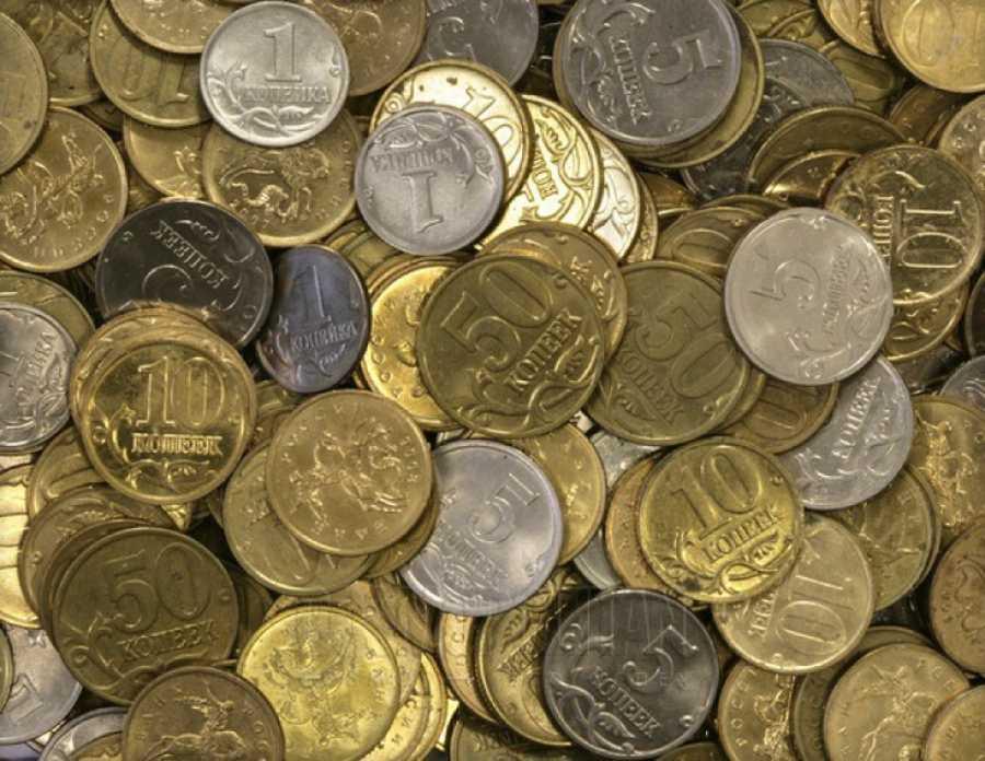 Жители Хакасии сдали в банки две тонны монет
