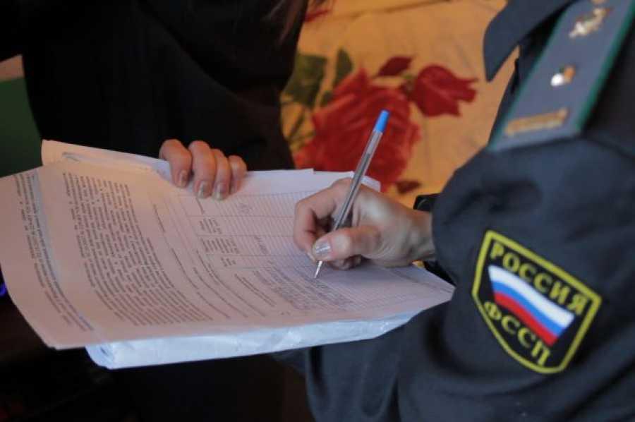 Приставы непустят неменее 5065 тыс. татарстанцев заграницу наНовый год